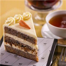 W Café Cake