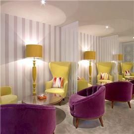 W Café Lounge Area